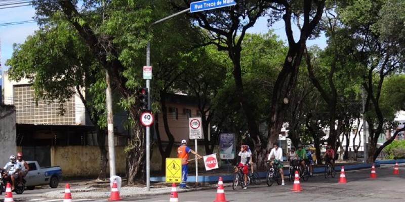 De acordo com Prefeitura do Recife, o percurso que é composto por 36,5 km em três rotas, passa por dezenas de locais de aplicação das provas