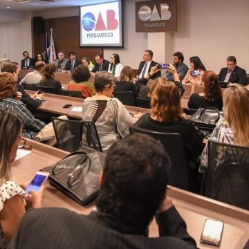 OAB debate em evento como obter respostas sobre desastre nas praias