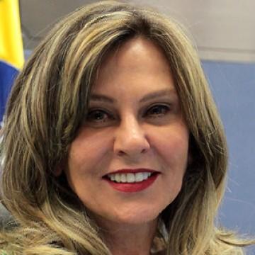 Aras anuncia Lindora Araújo como nova coordenadora da Lava Jato
