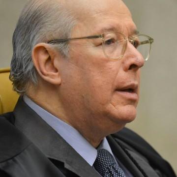 Celso de Mello envia à PGR pedidos de depoimento e de apreensão do celular de Bolsonaro
