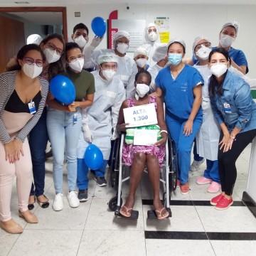 Hospital de Referência à Covid-19 em Boa Viagem chega a 1300 altas de pacientes