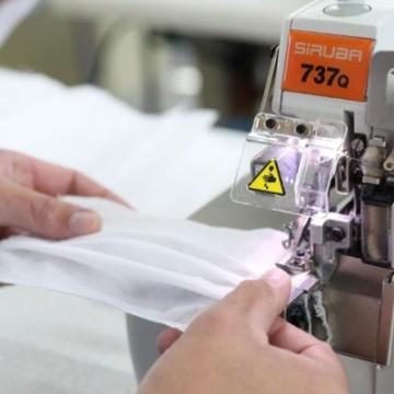 Recife contrata costureiros e microempresas para confecção de máscaras