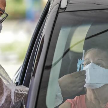 Jaboatão anuncia vacinação de maiores de 59 anos, professores e rodoviários