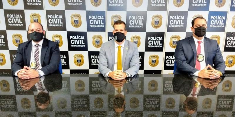 A Polícia Civil de PE detalhou em coletiva de imprensa, no Recife, a segunda fase da Operação , que investiga quadrilha suspeita de realizar sequestros com resgates pagos  em criptomoedas