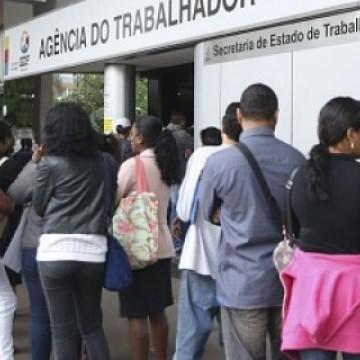 Desemprego cai para 11,8%