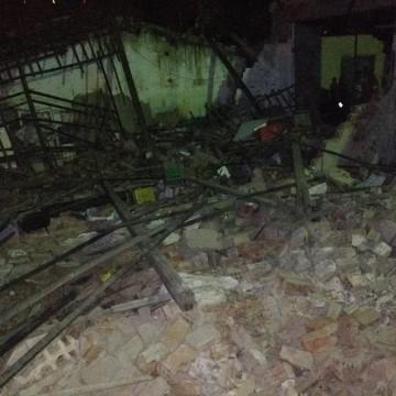 Galpão onde funcionava uma casa de bingo desaba em Limoeiro e deixa 18 feridos