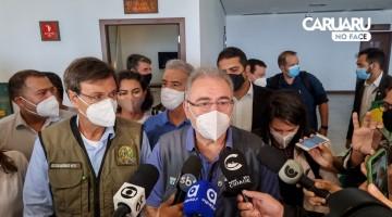 Ministro da Saúde se reúne com Prefeita de Caruaru e outros políticos