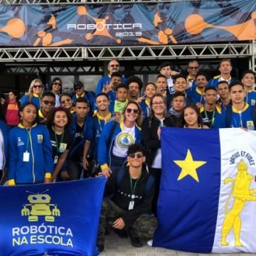 Alunos do Recife disputam vaga para o mundial de robótica na França