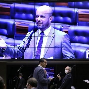 Senado aprova PEC do Orçamento de Guerra; texto volta à Câmara