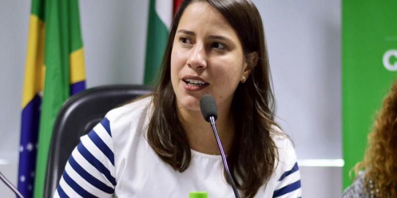 Raquel Lyra foi reeleita no último domingo (15) com mais de 114 mil votos