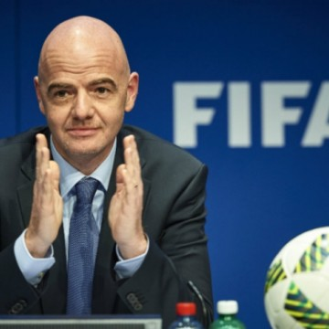 Presidente da Fifa teme atrasos em eliminatórias da Copa do Mundo