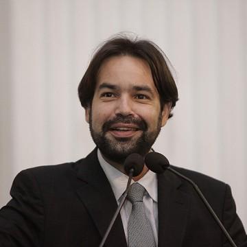 Moraes representa Alepe na premiação da 14ª Olimpíada Brasileira de Matemática