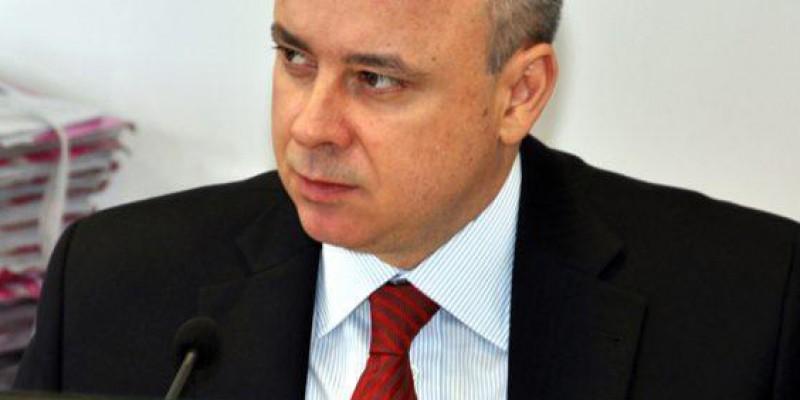 O governador Paulo Câmara ignorou especulações de toda ordem sobre o candidato que escolheria para a vaga de João Campos no TCE