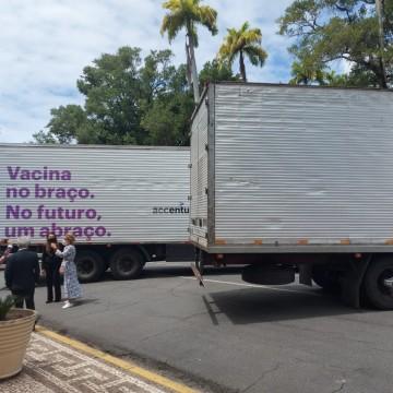 Pernambuco recebe doação para armazenamento de vacinas