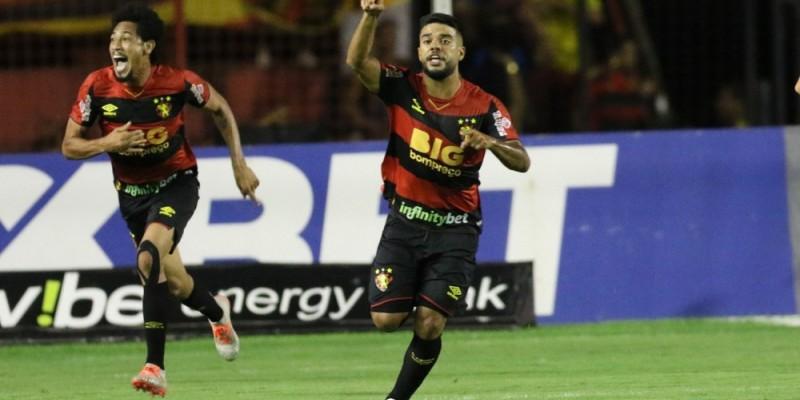Time rubro-negro está na terceira colocação a seis pontos do líder, Bragantino