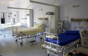Covid-19 está levando hospitais à falência