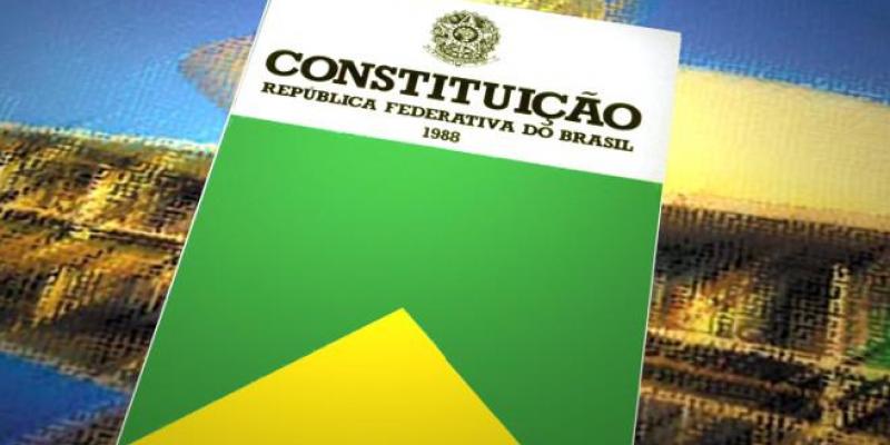 De acordo com o jurista Bruno Batista, no cenário atual do país uma modificação radical resultaria em saldo negativo