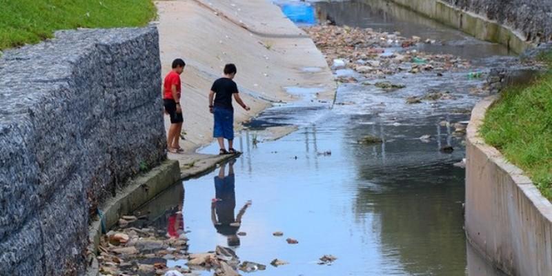 O PL, de autoria do senador Tasso Jereissati (PSDB-CE), visa a criação de novas regras para o saneamento básico