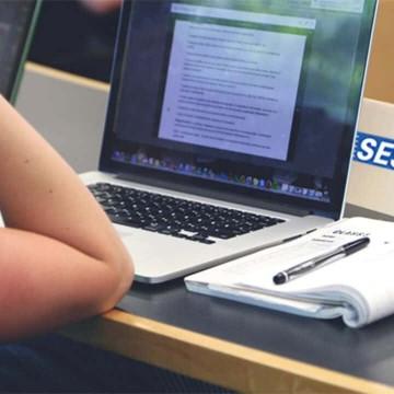200 vagas para cursos gratuitos de educação financeira e comunicação empresarial pelo SESI-PE