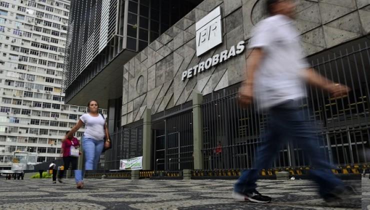 Guedes sai em defesa de novo pacto federativo e quer mais privatizações