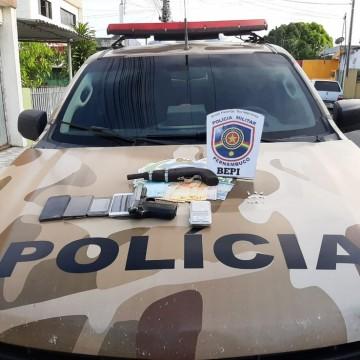 Polícia prende em flagrante quadrilha de tráfico de drogas e homicídios em Goiana