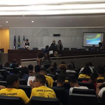Audiência pública realizada na ALEPE discute violência no âmbito escolar