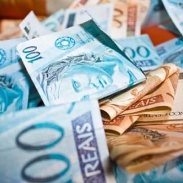 Deputado propõe que fundo eleitoral de R$ 2 bilhões seja destinado à saúde