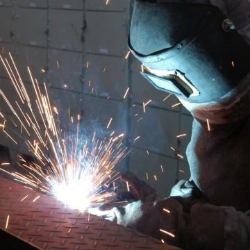 CNI: confiança do empresário industrial cresce em todos os setores