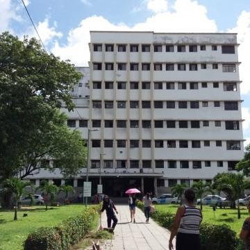 Vigilante do Hospital Barão de Lucena fica ferido após tentativa de assalto na unidade
