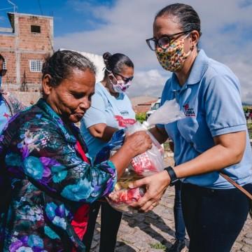 Fundação Terra realiza doações para famílias carentes em Arcoverde
