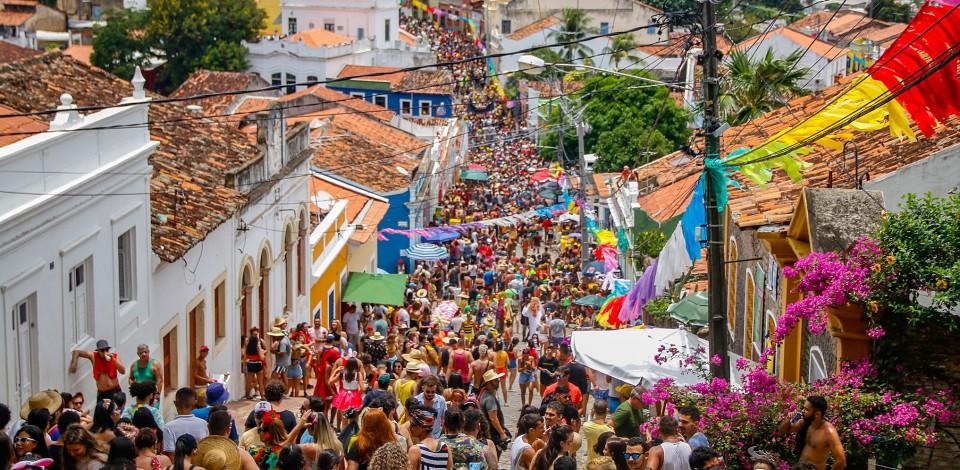 IBGE aponta que população do Brasil passa de 211,7 milhões de habitantes