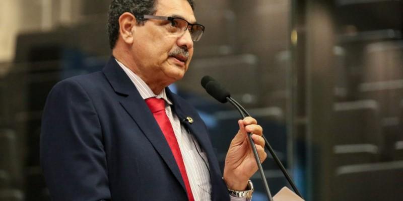 Deputado estadual pelo PCdoB  é o relator da Proposta de Emenda Constitucional que pode permitir a instalação da usina no estado