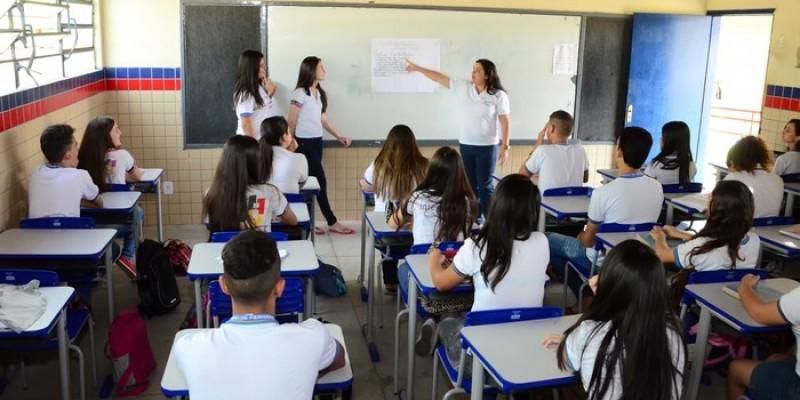 No dia 15 de março terá reinício das aulas do fundamental anos finais, equivalente do sexto ao nono ano