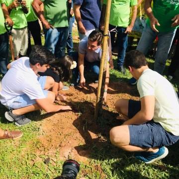 Maratona verde do Recife atinge a meta do plantio de 10 mil mudas de árvores