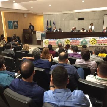 Audiência pública é realizada na Alepe para tratar do uso correto das embalagens plásticas