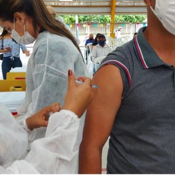 Belo Jardim amplia vacinação para público geral a partir dos 45 anos