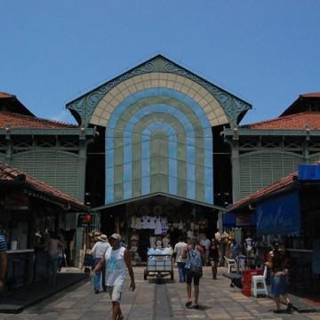 Mercados públicos do Recife são alvo de campanha