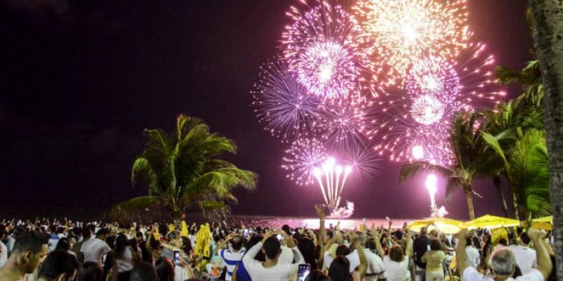 O posicionamento foi visto como uma resposta a decisão do Galo da Madrugada, que anunciou tema e homenageados do desfile de 2022, mesmo sem a certeza sobre a realização da festa de momo.