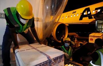 Pernambuco recebe mais de 255 mil doses contra a Covid-19