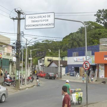 Fiscalização por videomonitoramento passa a valer em 16 áreas do Recife