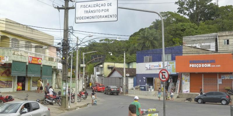 Com os novos pontos, o Recife passa a ter 28 câmeras aptas a fiscalizar, sempre através dos agentes na Central de Operações de Trânsito (COT)