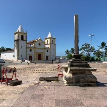MPPE apresenta termo para restauração do Cruzeiro do Alto da Sé