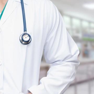'Há vagas', diz secretário sobre trabalho para profissionais de saúde