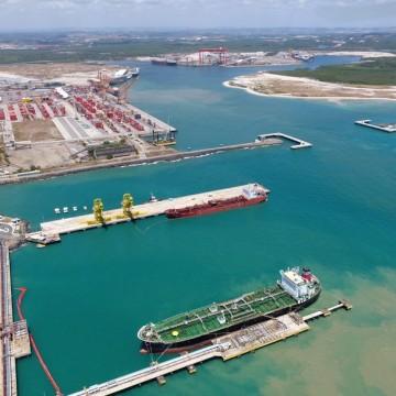 Píer de granéis líquidos do Porto de Suape será requalificado e ampliado para receber navios de maior extensão