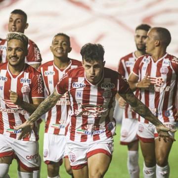Náutico vence 5ª jogo seguido e tira invencibilidade do Botafogo