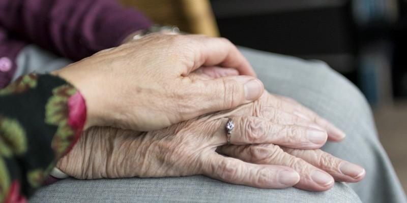 A ação tem o objetivo de conscientizar a população para a importância em realizar a denúncia e aos perigos das violações contra idosos e idosas