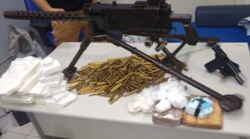 Polícia Civil apreende arma de grosso calibre e drogas em Paulista
