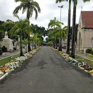 PCR monta esquema especial para visitação a cemitérios
