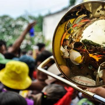 Governo de PE promete auxílio emergencial para artistas e agremiações carnavalescas
