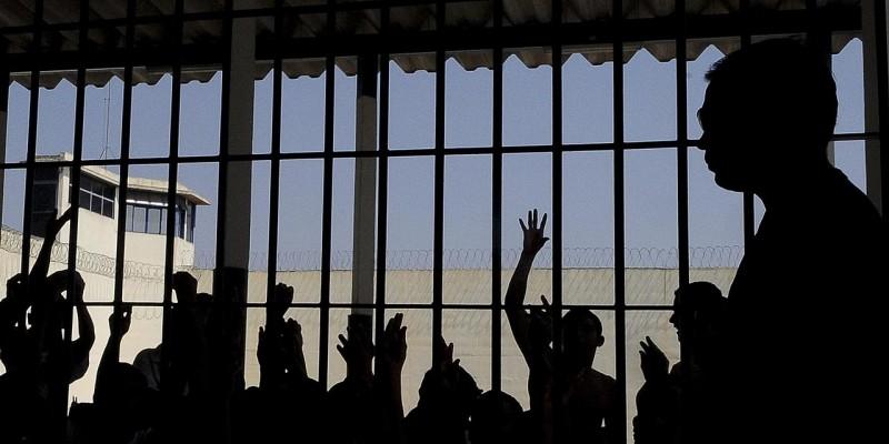 Segundo o Infopen 2019, o Brasil tem 722.276 pessoas cumprindo medidas de privação de liberdade para apenas 436.815 vagas
